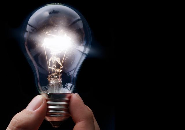 Jak ušetřit elektřinu? 4 způsoby, jak ušetřit elektřinu